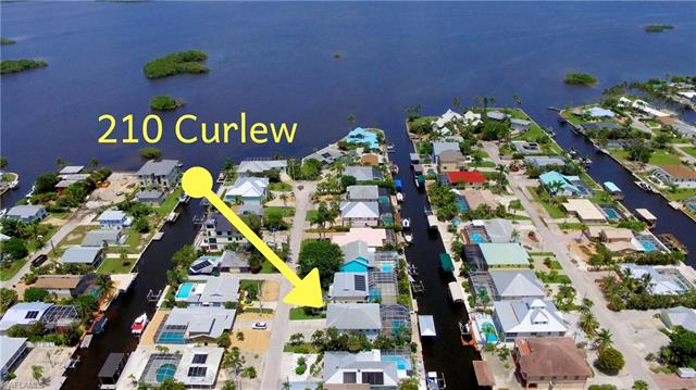 210 Curlew St, Fort Myers Beach, FL 33931