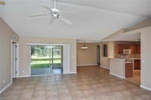 857 Rue Labeau Cir, Fort Myers, FL 33913