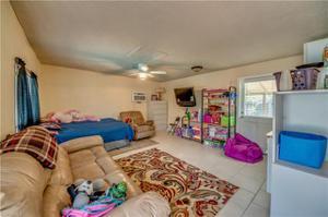 3720 Se 2nd Ave, Cape Coral, FL 33904