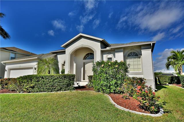 8924 Wellington Lakes Ct, Fort Myers, FL 33908