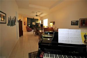 8823 Spring Mountain Way, Fort Myers, FL 33908