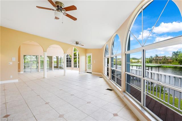3648 Margina Cir, Bonita Springs, FL 34134
