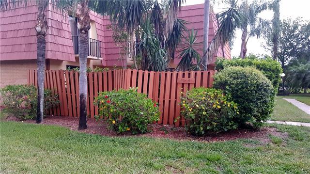1722 Park Meadows Dr 4, Fort Myers, FL 33907