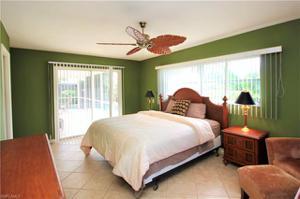 444 Washington Ct, Fort Myers Beach, FL 33931