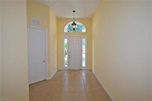 2550 Sawgrass Lake Ct, Cape Coral, FL 33909