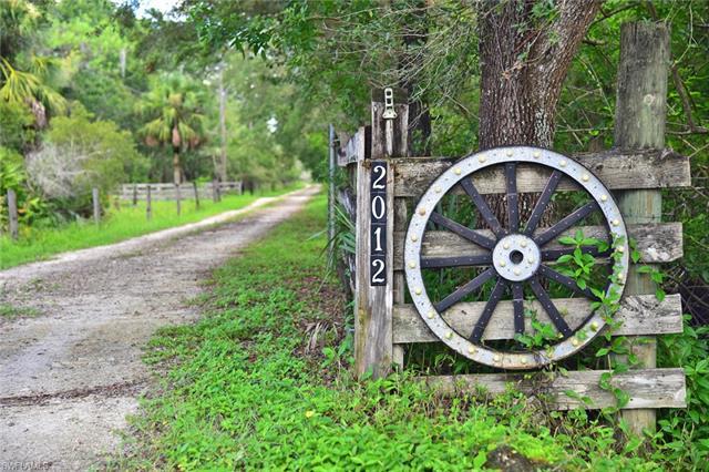 2012 W Jacks Branch Rd, Labelle, FL 33935