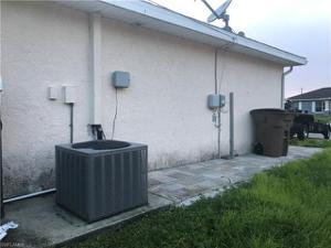 3915 28th St Sw, Lehigh Acres, FL 33976