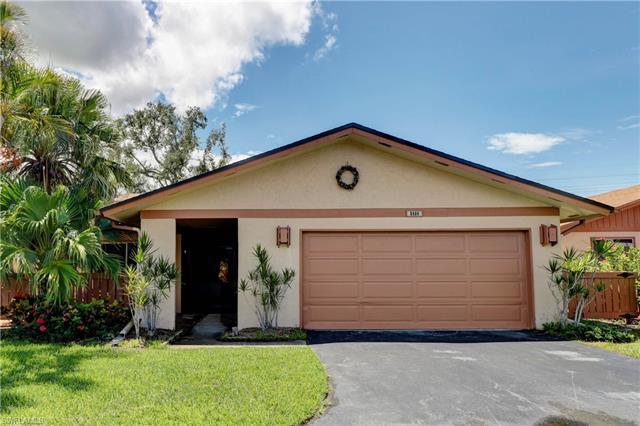 6464 Royal Woods Dr, Fort Myers, FL 33908
