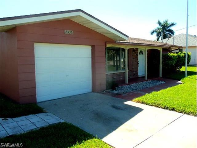 2539 Retunda Pky E, Cape Coral, FL 33904