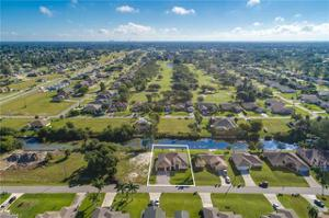 1701 Sw 15th Pl, Cape Coral, FL 33991