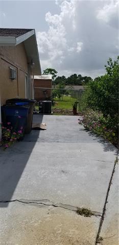 121 Durland Ave, Lehigh Acres, FL 33936