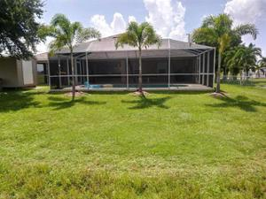 905 Nw 20th Ave, Cape Coral, FL 33993