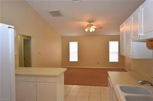 652 Valley Ave, Lehigh Acres, FL 33974