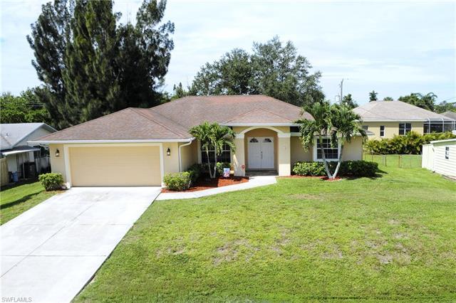 19020 Geranium Rd, Fort Myers, FL 33967