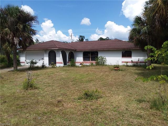 426 Hamilton Ave, Lehigh Acres, FL 33972