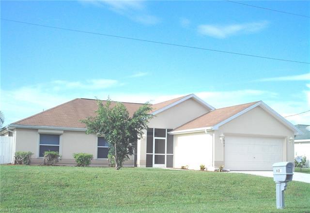 907 Ne 11th St, Cape Coral, FL 33909