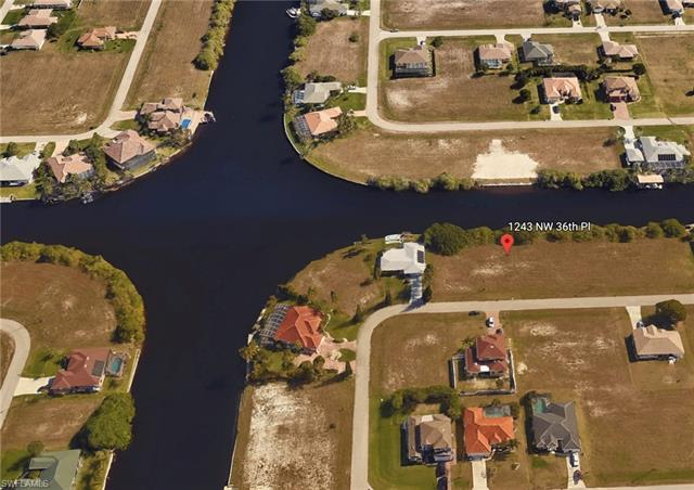 1243 Nw 36th Pl, Cape Coral, FL 33993