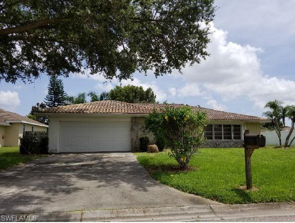 1576 Woodwind Ct, Fort Myers, FL 33919