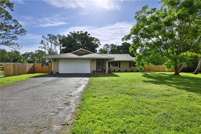 12857 Plantation Rd, Fort Myers, FL 33966