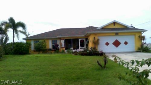 1106 N Gator Cir, Cape Coral, FL 33909