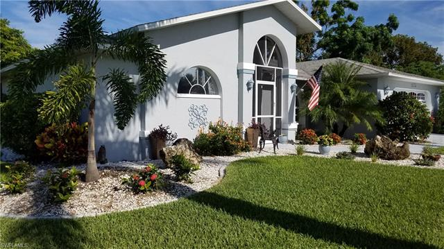 3410 Country Club Blvd, Cape Coral, FL 33904