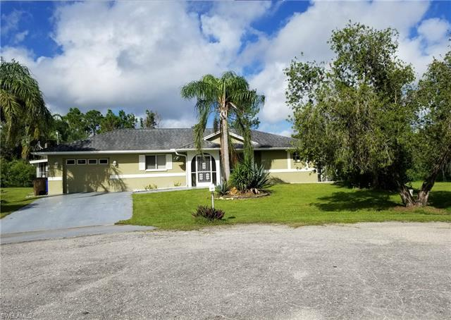 2907 Ashburn St, Lehigh Acres, FL 33972