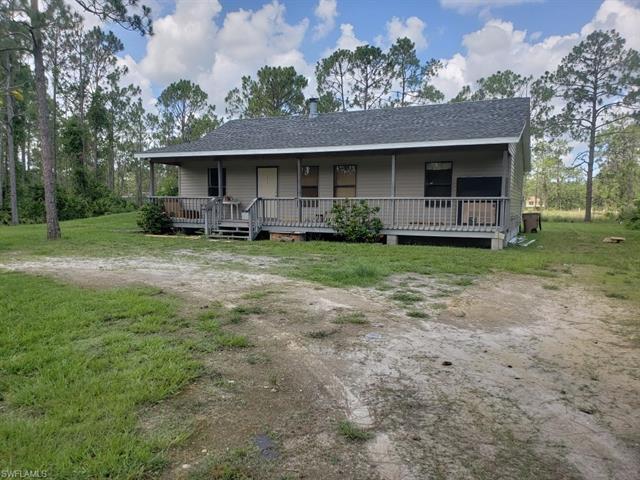 919 Moore Ave, Lehigh Acres, FL 33972