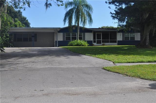 645 E Del Monte Ave, Clewiston, FL 33440