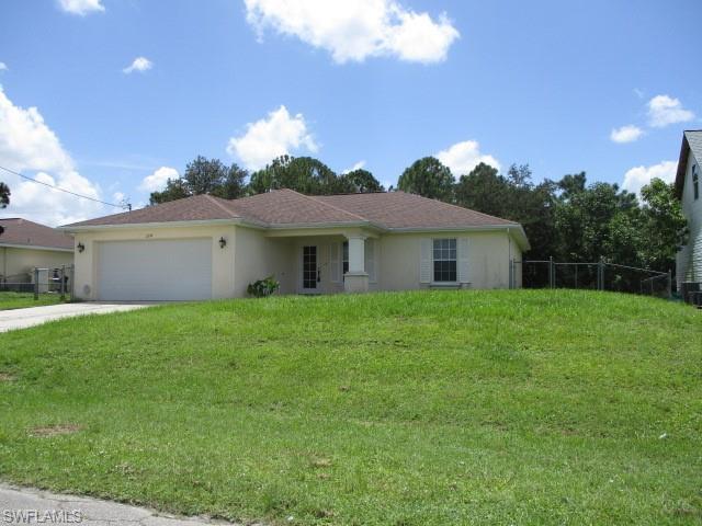 2911 13th St Sw, Lehigh Acres, FL 33976