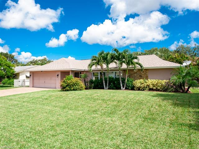 985 N Town And River Dr, Fort Myers, FL 33919