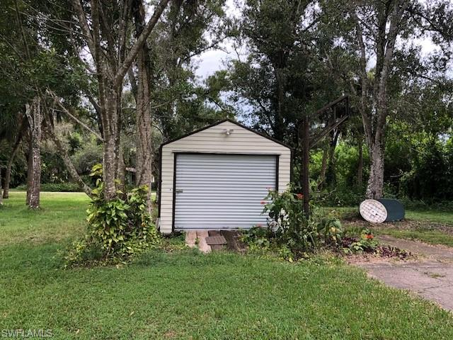7th Ave, Labelle, FL 33935