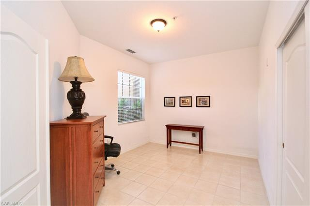 9216 Calle Arragon Ave 105, Fort Myers, FL 33908