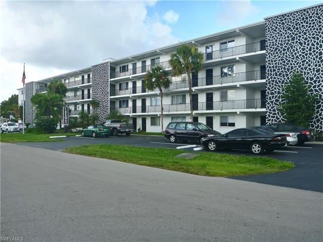 4906 Victoria Dr 413, Cape Coral, FL 33904