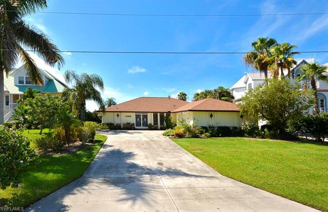 3459 1st Ave, St. James City, FL 33956