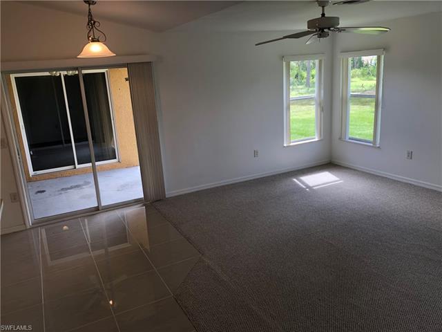 3307 3rd St Sw, Lehigh Acres, FL 33976