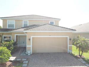 2116 Cape Heather Cir, Cape Coral, FL 33991