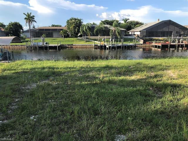 1425 Se 13th St, Cape Coral, FL 33990