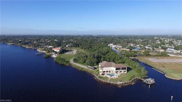 1720 Seafan Cir, North Fort Myers, FL 33903