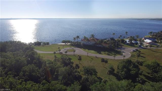 1721 Seafan Cir, North Fort Myers, FL 33903