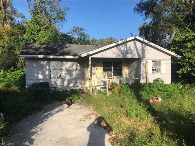 857 N Bridge St, Labelle, FL 33935