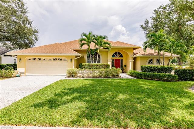 12 Winewood Ct, Fort Myers, FL 33919