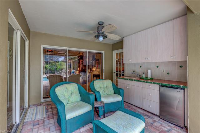 5805 Cordwood Ln, Fort Myers, FL 33919