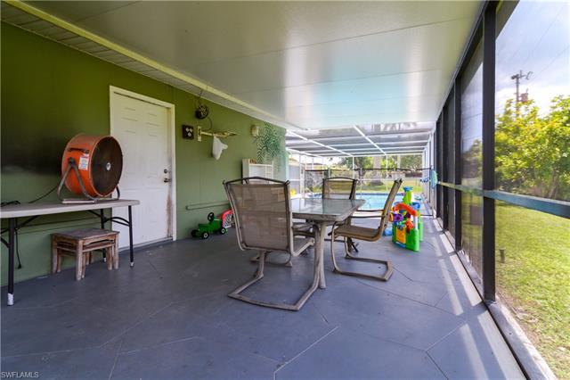 119 E Lake Dr, Lehigh Acres, FL 33936