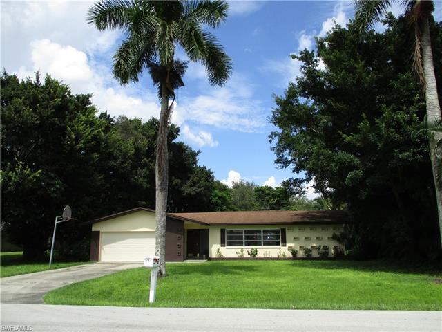 605 Peck Ave, Fort Myers, FL 33919
