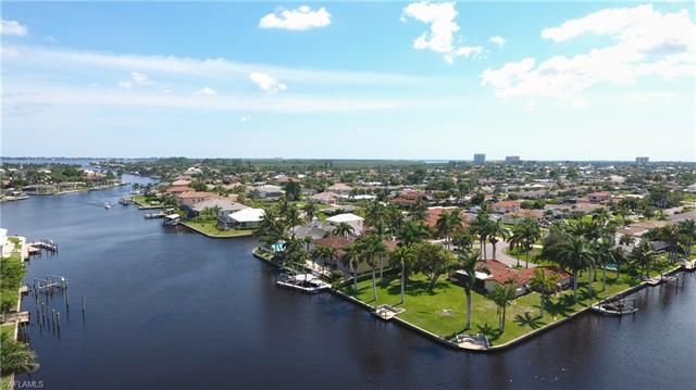 111 Sw 52nd Ter, Cape Coral, FL 33914