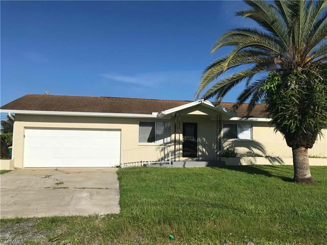 3631 Harbor Blvd, Port Charlotte, FL 33952