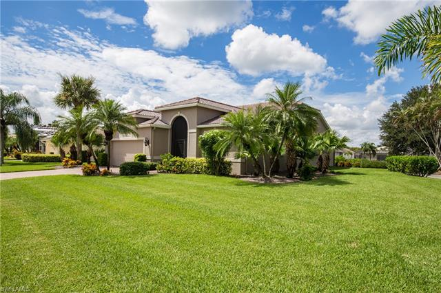 9300 Old Hickory Cir, Fort Myers, FL 33912