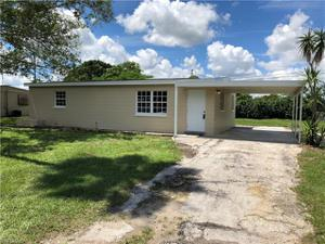 25 Apache St, Lehigh Acres, FL 33936