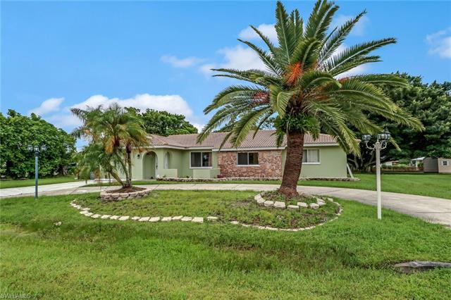 11470 Capistrano Ct, Fort Myers, FL 33908