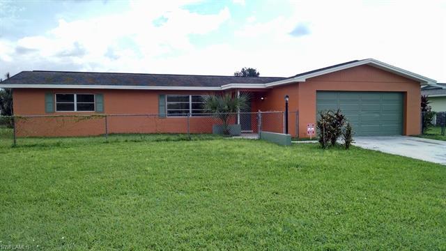522 Shadyside St, Lehigh Acres, FL 33936
